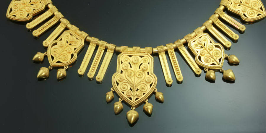 Victorian gold archaeological-revival necklace attributed to Fontenay