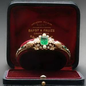 Antique jewelry above $10000