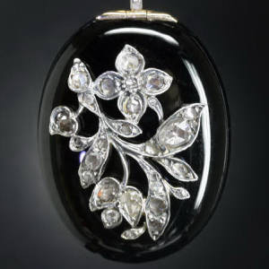 Antique jewelry with color black up to $5,000