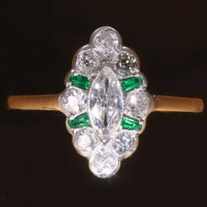 Antique jewelry with color green up to $10,000