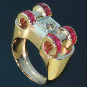 Antique jewelry with color red up to $5,000