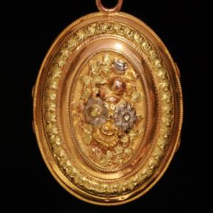 Antique Victorian pendants between $500 and $1500