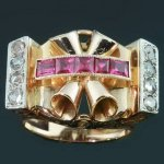 Sturdy pink gold retro ring with rose cut diamonds and carre cut rubies from the antique jewelry collection of www.adin.be