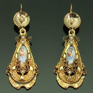 Antique earrings between $1000 and $2500