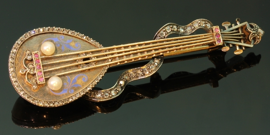 Russian antique brooch mandoline or domra with rose cut diamonds and enamel