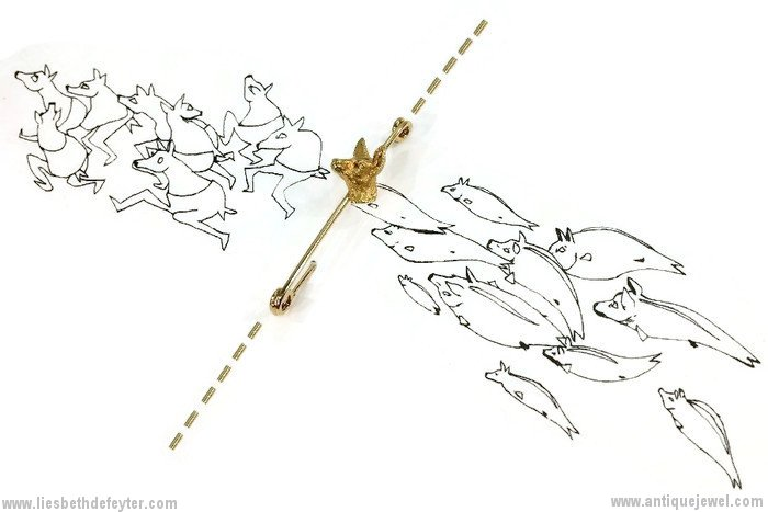Typical French antique jewelry naturalistic deer head on bar brooch