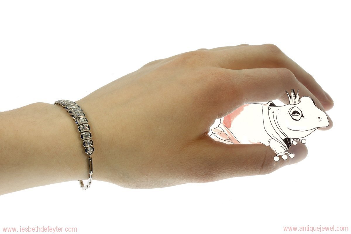 Platinum diamond and sapphire Art Deco bracelet
