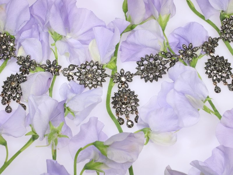 Click the picture to get to see this antique Victorian diamond necklace.