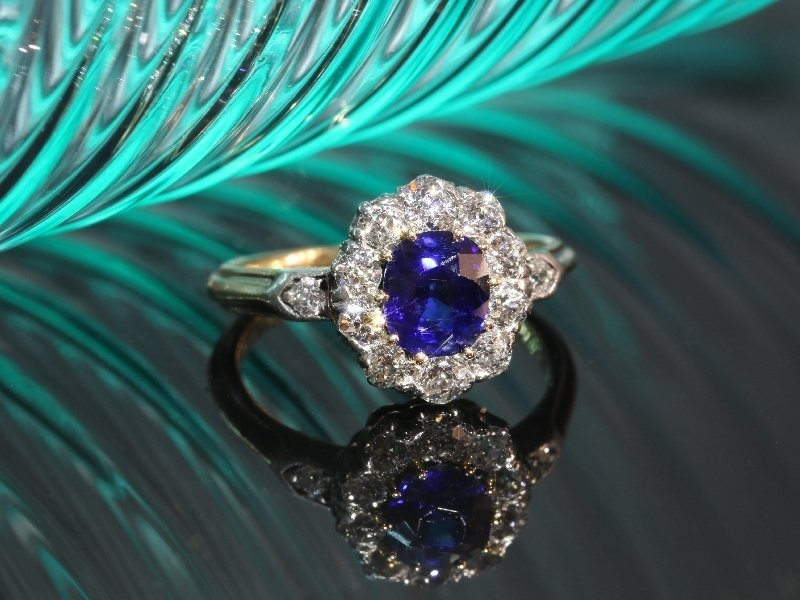 Click the picture to get to see this most charming Late Victorian diamond engagment ring with beautiful untreated Burma sapphire.