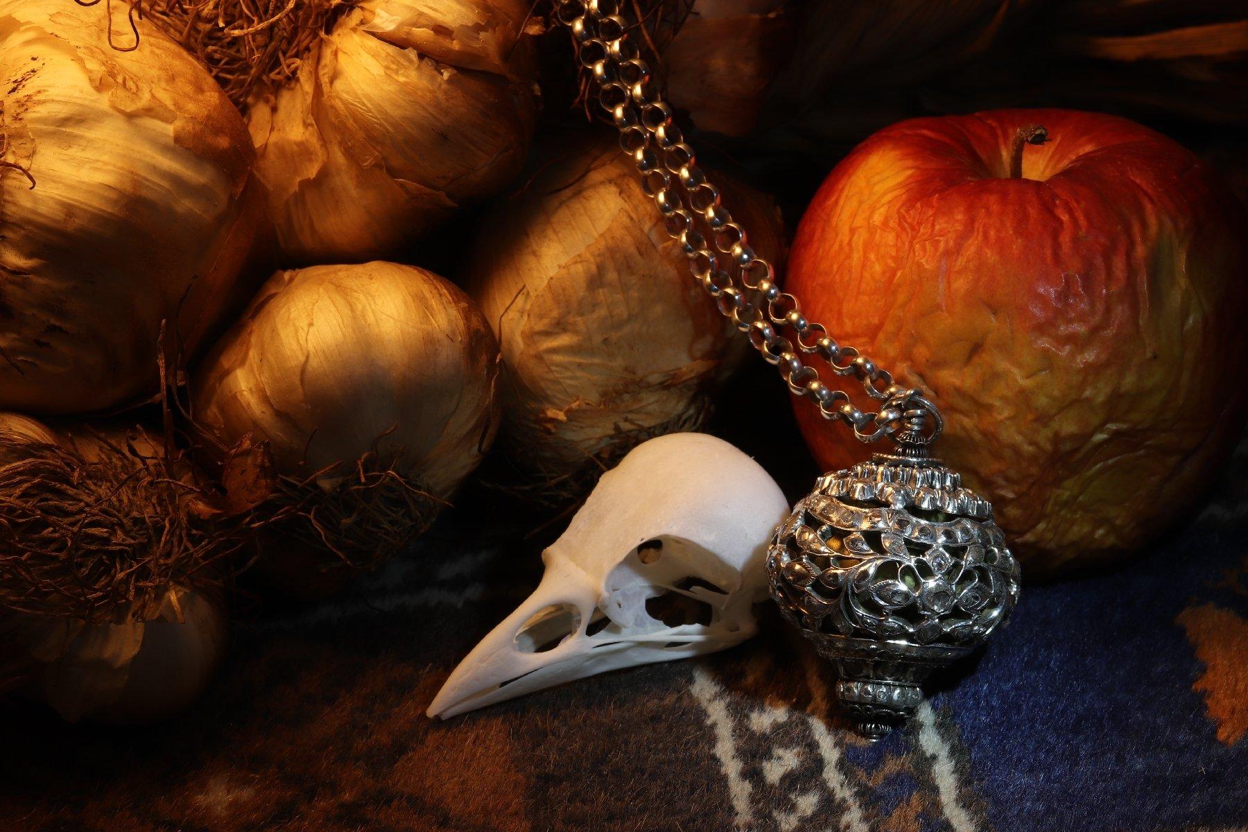 Weekly Antique Jewelry Herald