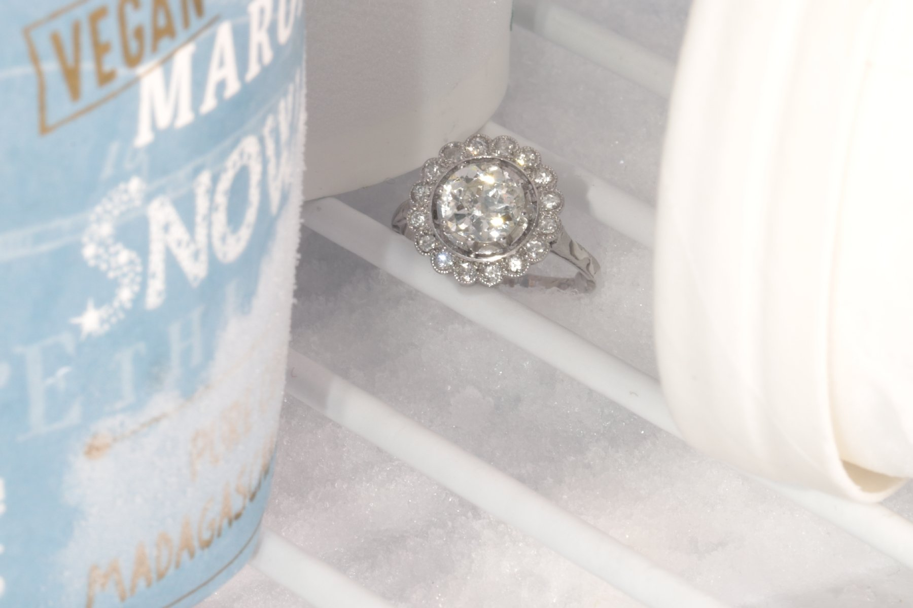 Click the picture to get to see this Platinum Art Deco diamond engagement ring.